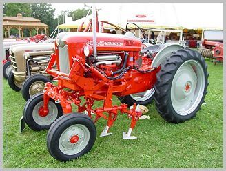 The 541 offset tractor