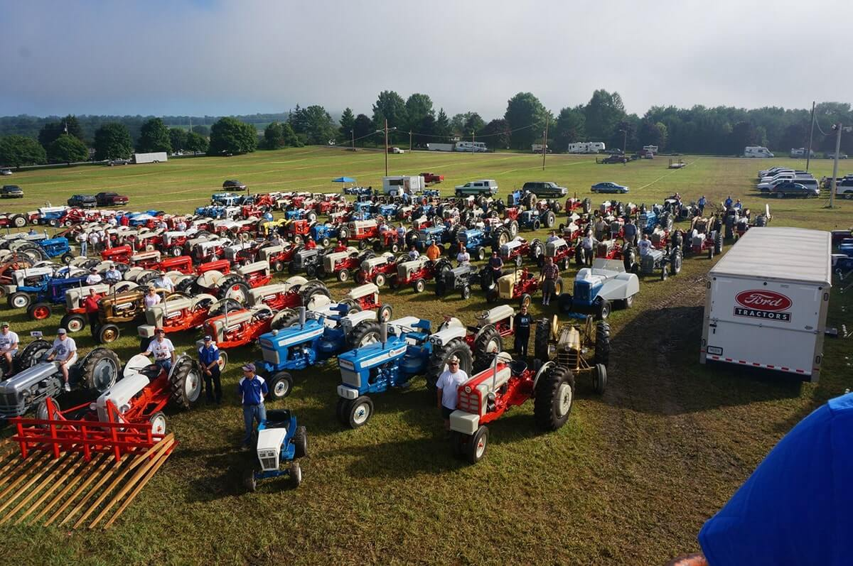 2019-tractor-and-banquet-00090