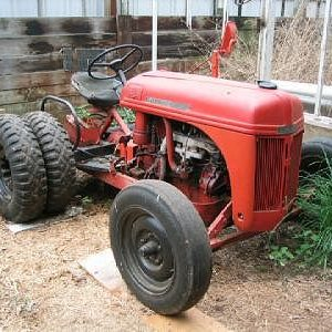 """This is a photo of a Worthington """"G"""" that was listed for sale recently on eBay. Note this one has the dual rear wheels."""